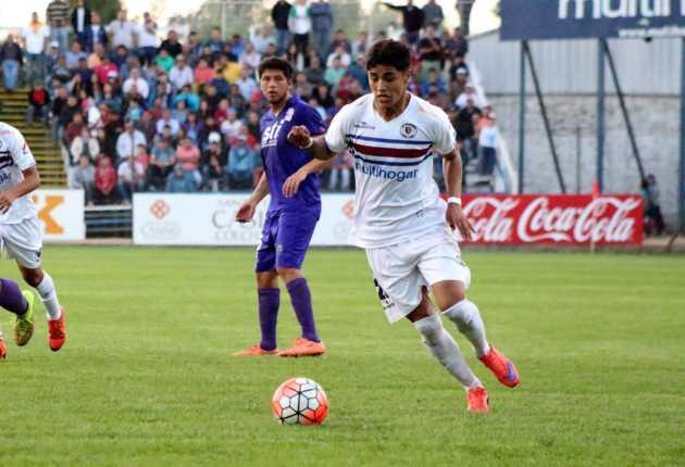 Gaete fue una de las figuras del equipo santacruzano que esta temporada jugará en la Primera B del fútbol chileno.