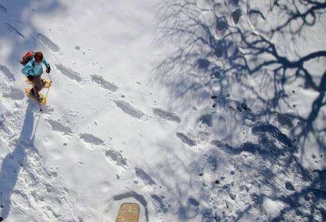 El Hotel Equirol de Llívia reivindica la Cerdanya como destino ideal para las rutas con raquetas de nieve