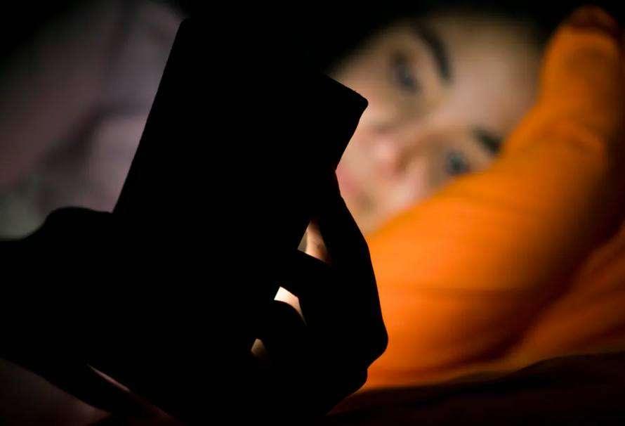Por qué dormimos menos (y peor) en confinamiento