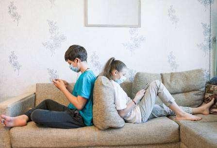 Cómo gestionar el estrés tecnológico de los adolescentes durante el confinamiento