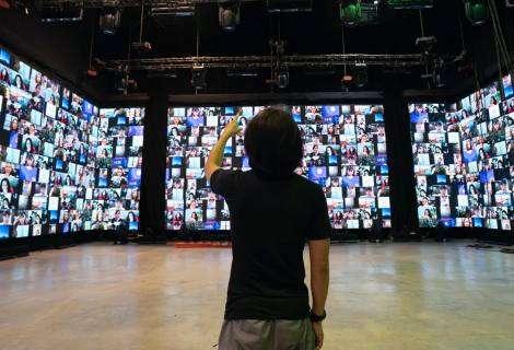 El ocio virtual durante el confinamiento: de los conciertos en solitario a las cañas por zoom