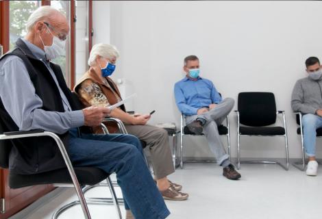 Covid-19: ¿Cómo evitar los contagios en una habitación cerrada?