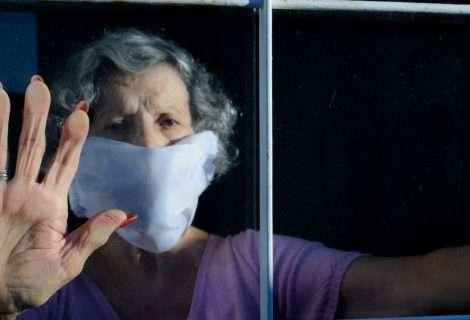 Mujeres mayores y pandemia por covid-19