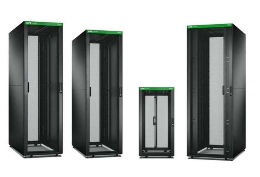 Schneider Electric lanza su nueva serie Easy Rack en Europa