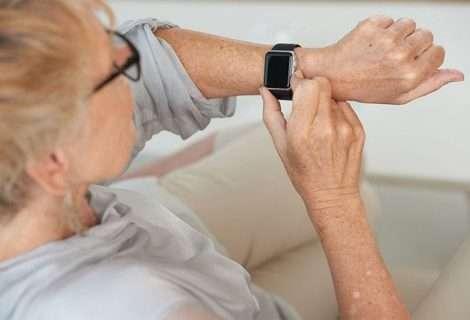 Wearables dan información sobre el estado de los pacientes con Parkinson