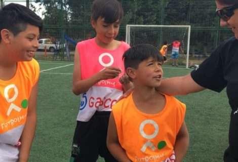 Fútbol Más y Gasco inician programa social en La Araucanía