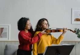 ¿Cuáles son los beneficios cerebrales de tocar un instrumento?